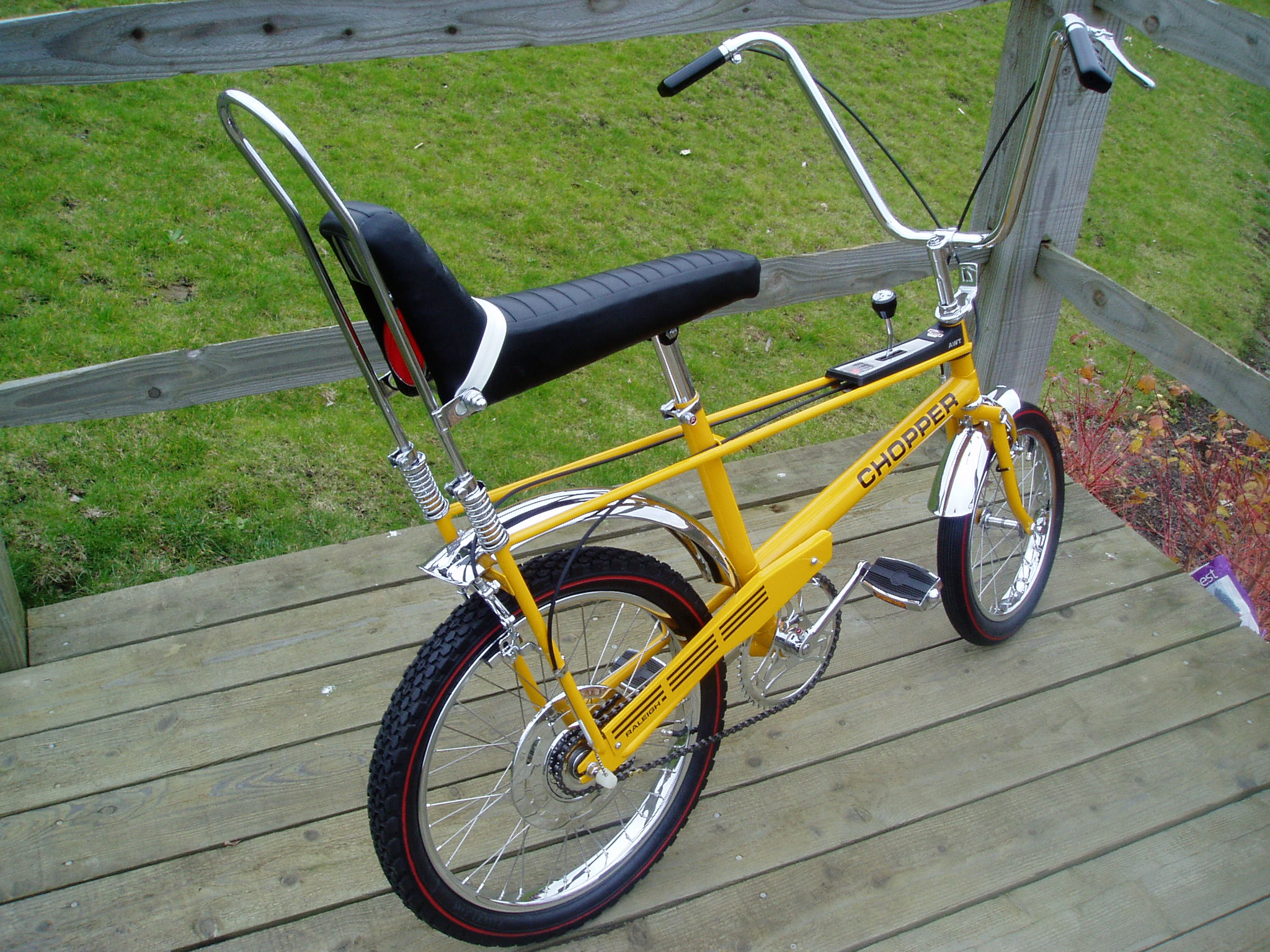dating huffy bikes From men's bikes and bikes for women to mountain bikes, cruiser bikes, and more and with kids' bikes, trikes and scooters, huffy has something fun for everyone in the family see what others love about their huffy bikes and.